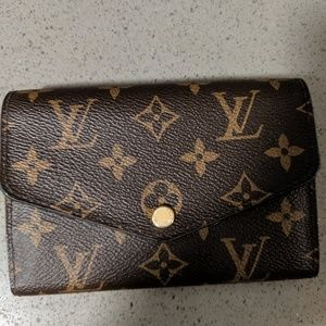 Louis Vuitton Sarah compact wallet